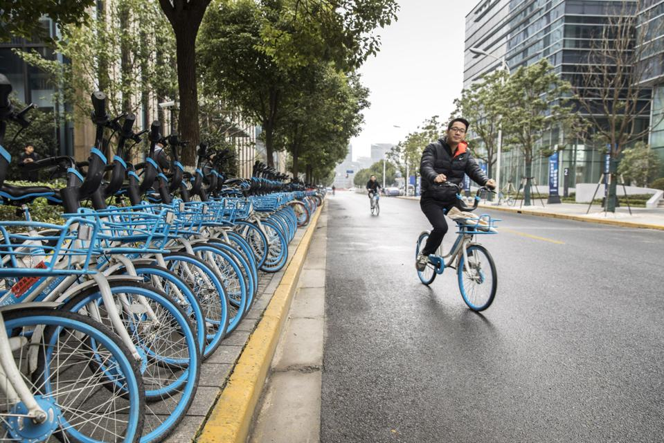 Interview With HelloBike Co-Founder Li Kaizhu And The Ride-Sharing Company's Operations In Shanghai