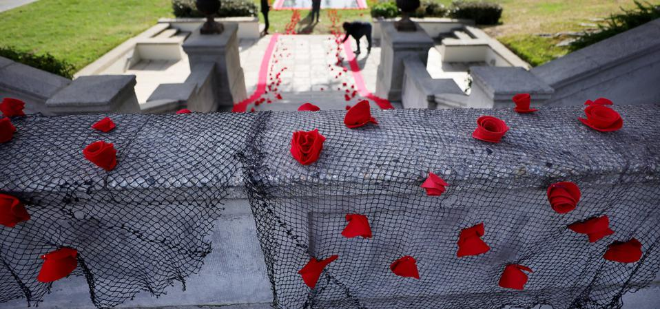 Tribute Installed At Hollywood Forever Cemetery For Victims Of COVID-19 Pandemic