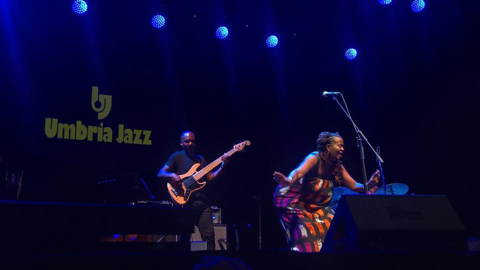 Musicisti jazz sul palco