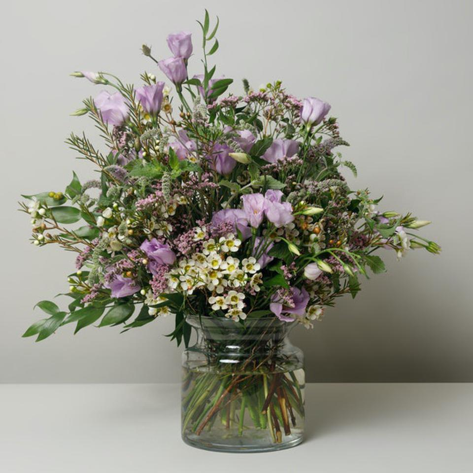 Best Flowers For Mother's Day: Floom Luna Bouquet