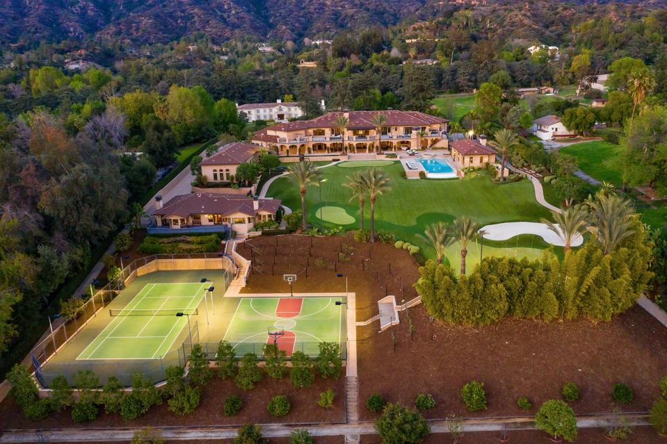 Mansion with tennis court and golf course