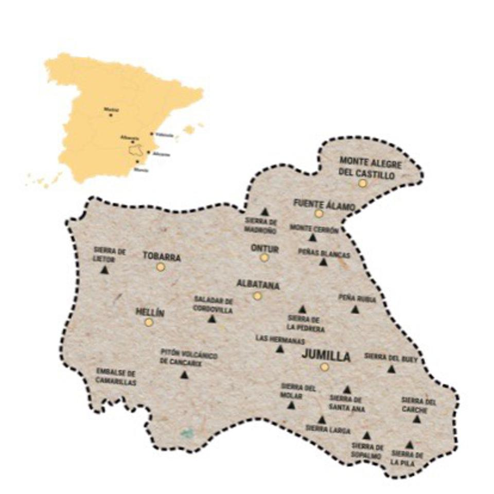Inset map shows Jumilla's position ; larger map shows towns and villages within the region