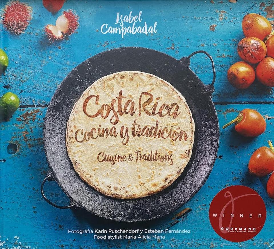 Costa Rica cocina y tradición = Cuisine & traditions