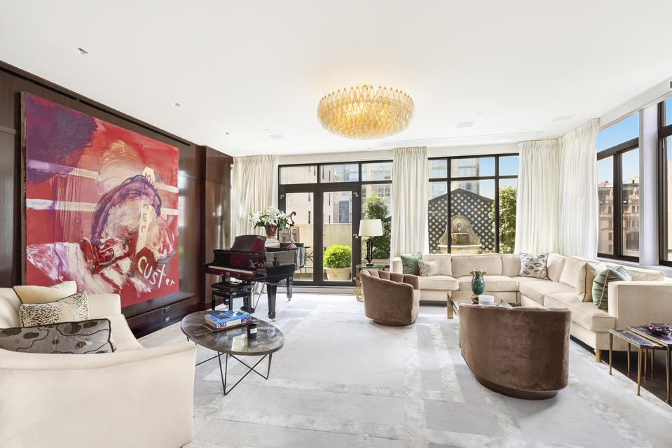 living room inside manhattan penthouse 45 East 30th Street, Penthouse B New York
