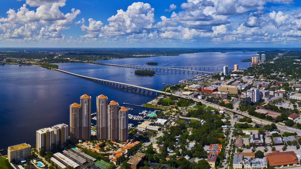 Ft Myers & Caloosahatchee River Aerial, FL