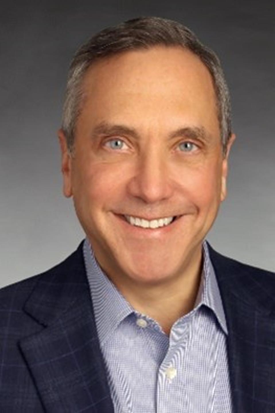 Bill Borrelle, vice-président principal et directeur du marketing chez Pitney Bowes