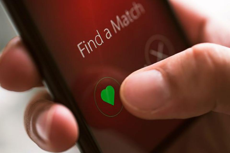 dating app on smartphone