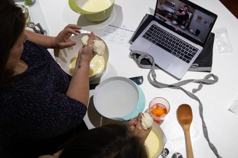 Making mozzarella at home