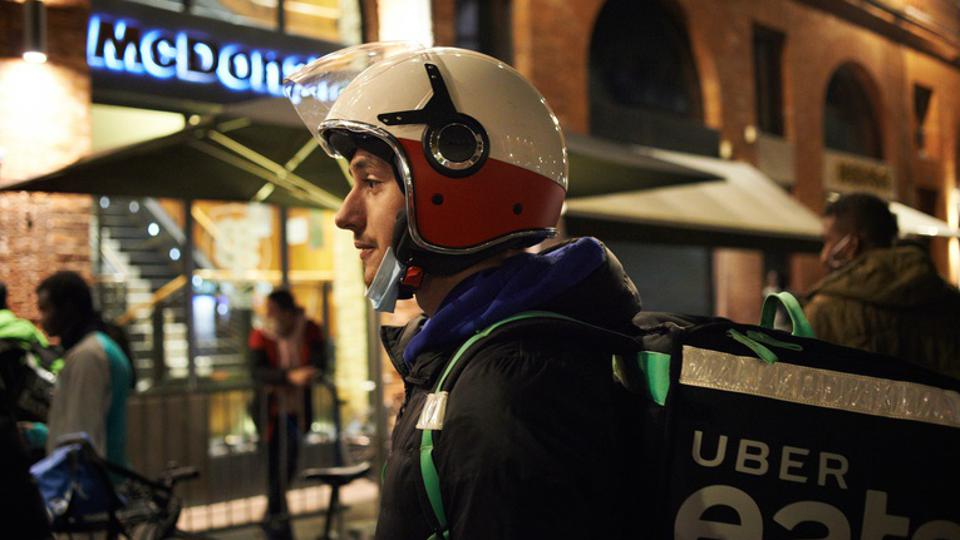 Food Delivery Workers During Covid-19 Curfew Amid EU Reform Proposal For Their Status
