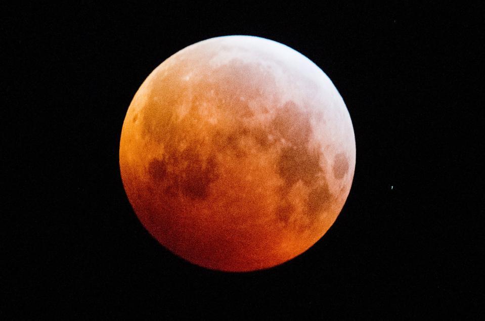 Eclipse total de luna - Baja Sajonia