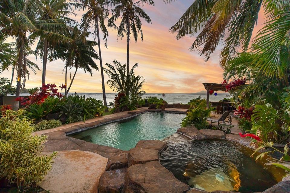 saltwater swimming pool luxury home 445 Portlock Road - Oahu, Hawaii Honolulu, HI, USA