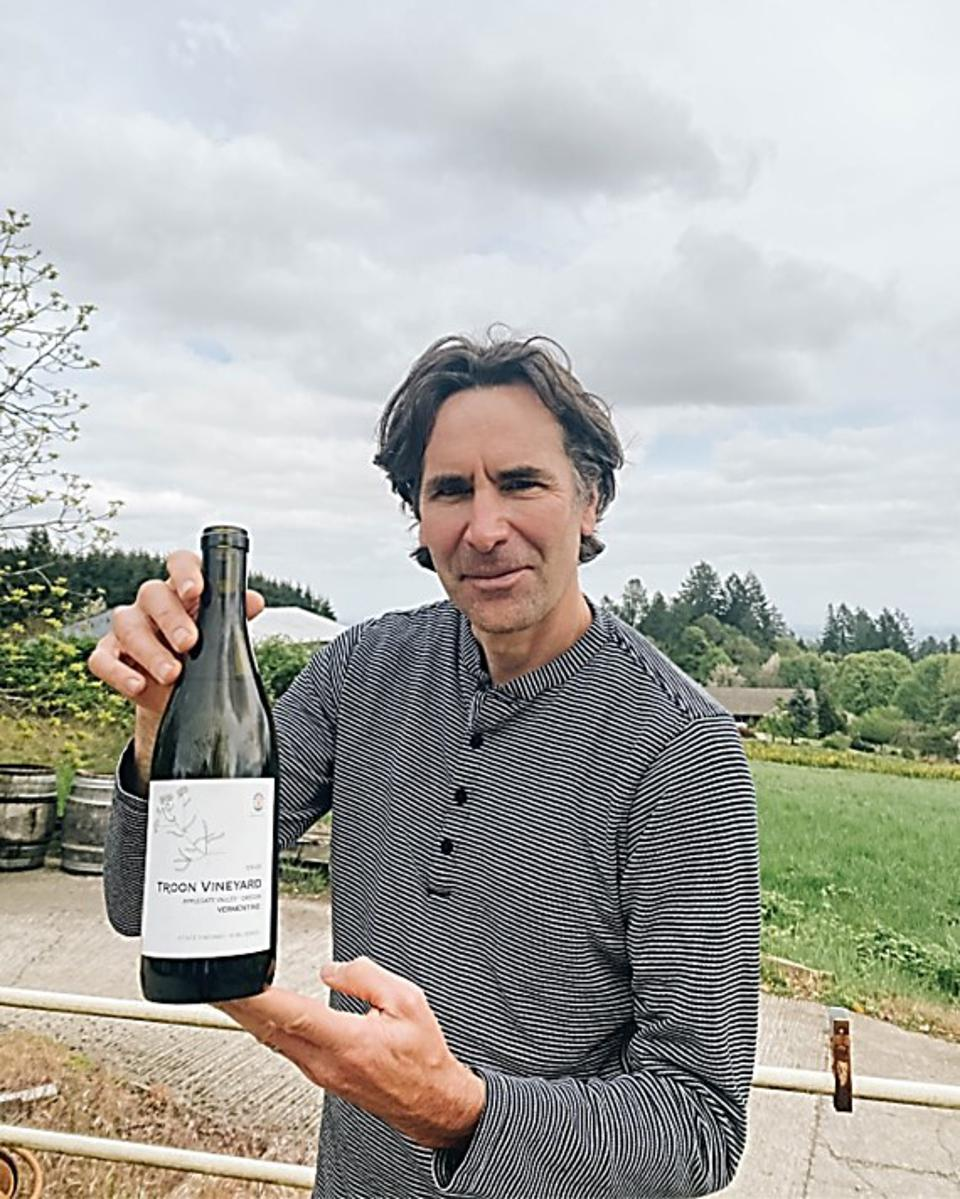 John Grochau of Grochau Cellars in the Eola-Amity Hills AVA tasting and sharing his thoughts on a Vermentino from winemaker Nate Wall of Troon Vineyard in the Applegate Valley