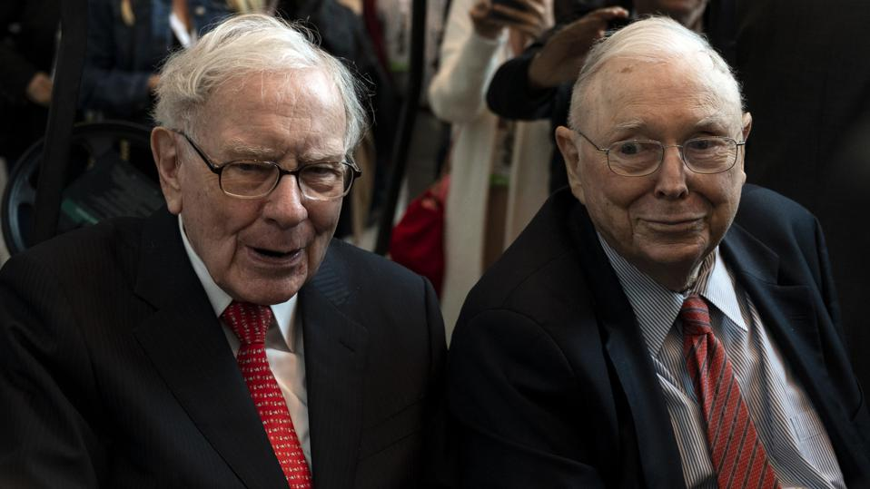 US-finance-Buffett-politics