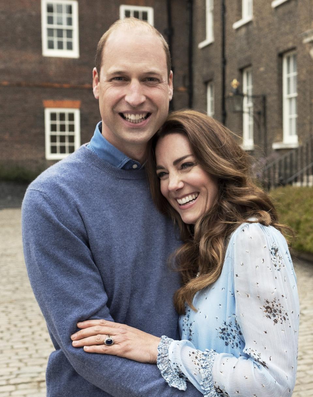Duke and Duchess of Cambridge, 10th wedding anniversary