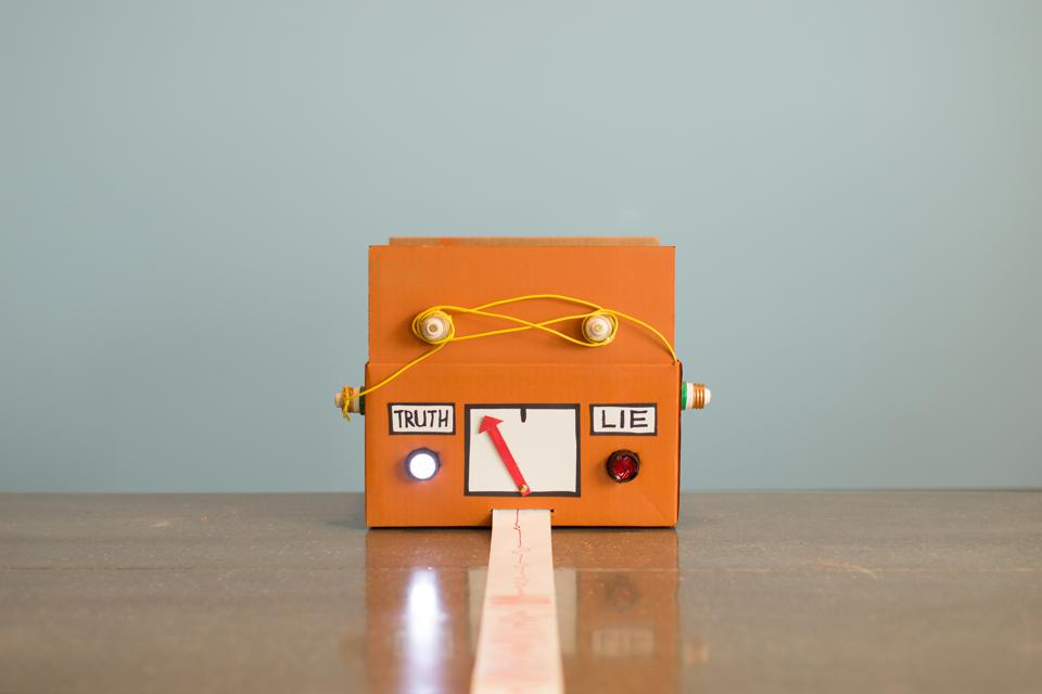 Homemade Lie Detector Machine Says Truth