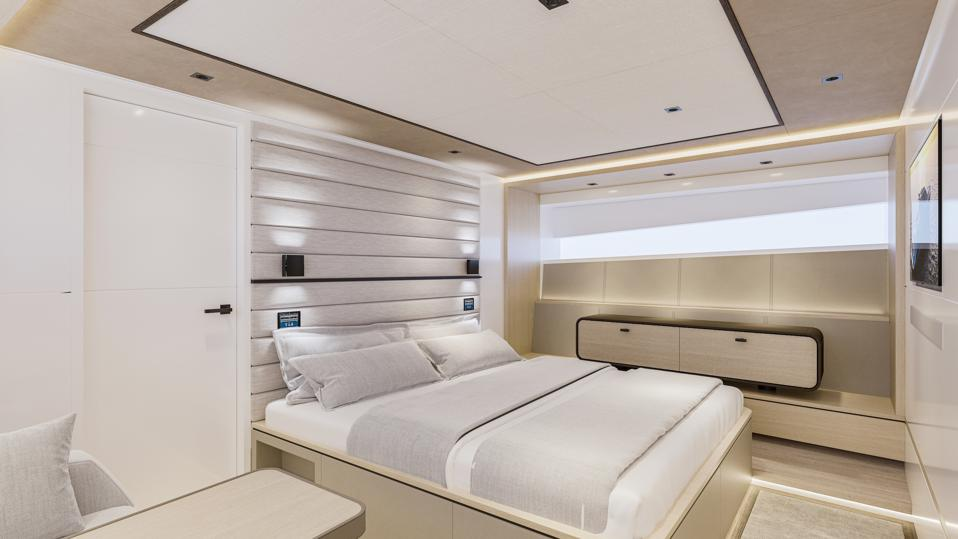 Chic Master Suite of the Wajer 77 yacht