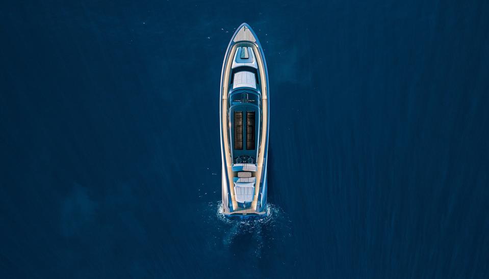 Overhead view of the Wajer 77 yacht
