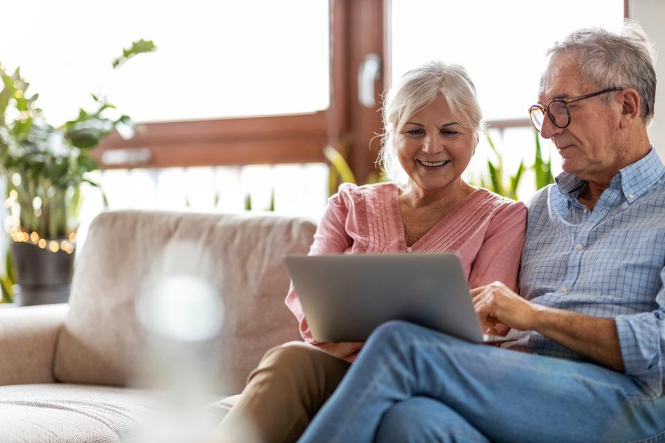 Online retailing, e-commerce, health, aging