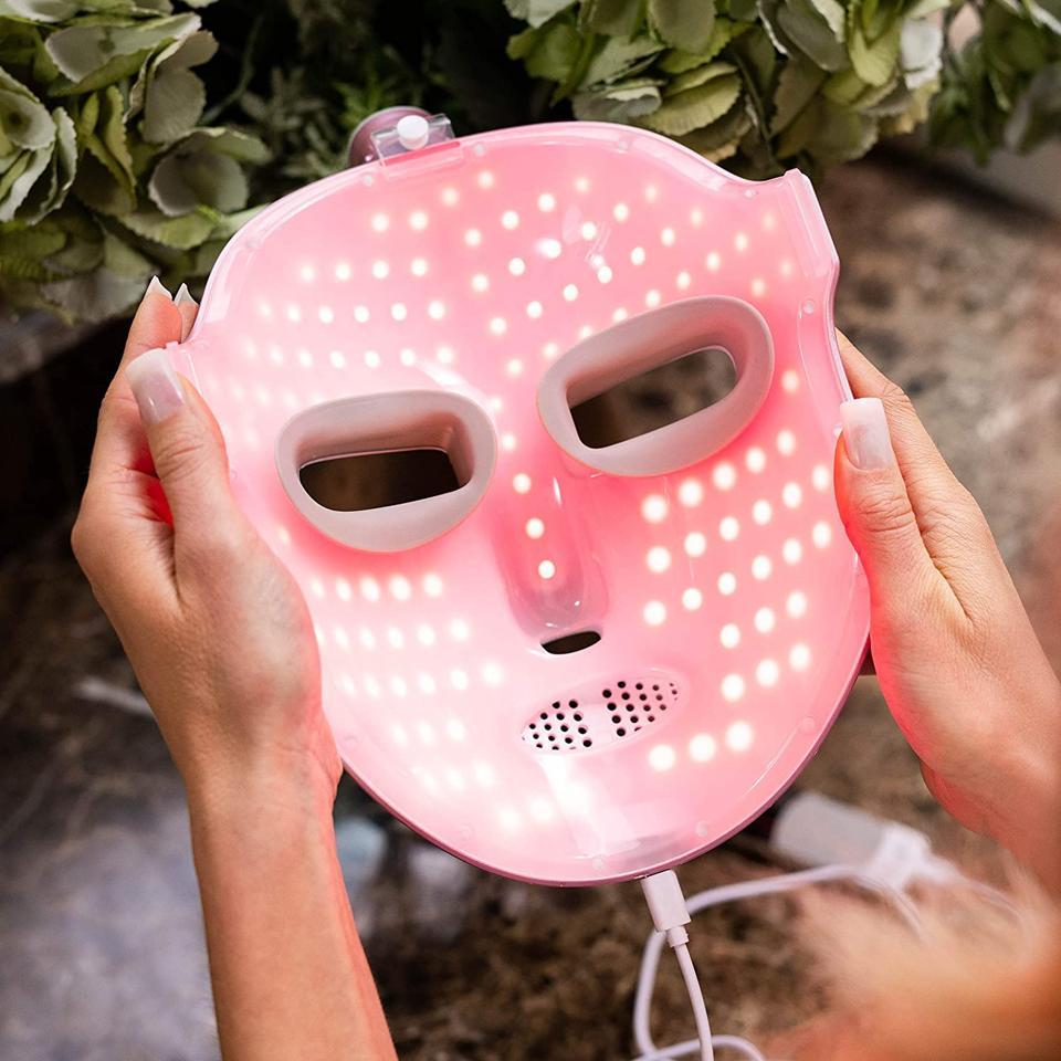 Lumiere Skyn HyperGlo Light Mask