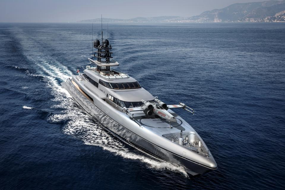 A fast superyacht needs a fast space ship, right?