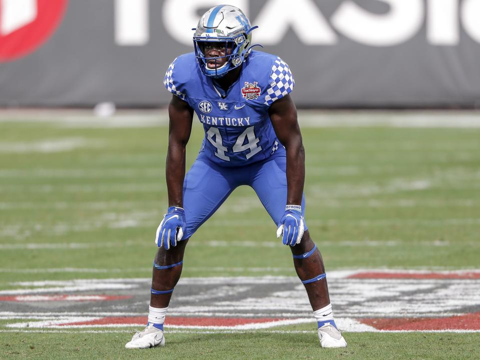 JACKSONVILLE, FL - JANUARY 2: Linebacker Jamin Davis #44 of the University of Kentucky Wildcats during the game against the North Carolina State Wolfpack at the 76th annual TaxSlayer Gator Bowl at TIAA Bank Field on January 2, 2021 in Jacksonvile, Florida. The Wildcats defeated the Wolfpack 23 to 21. (Photo by Don Juan Moore/Getty Images)