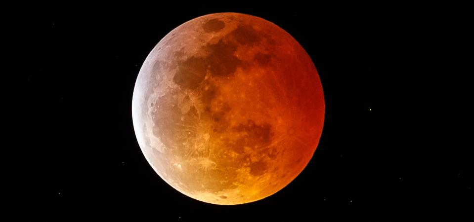 Here's your complete guide to seeing the 'supermoon' turn red during the total lunar eclipse on May 26, 2021.
