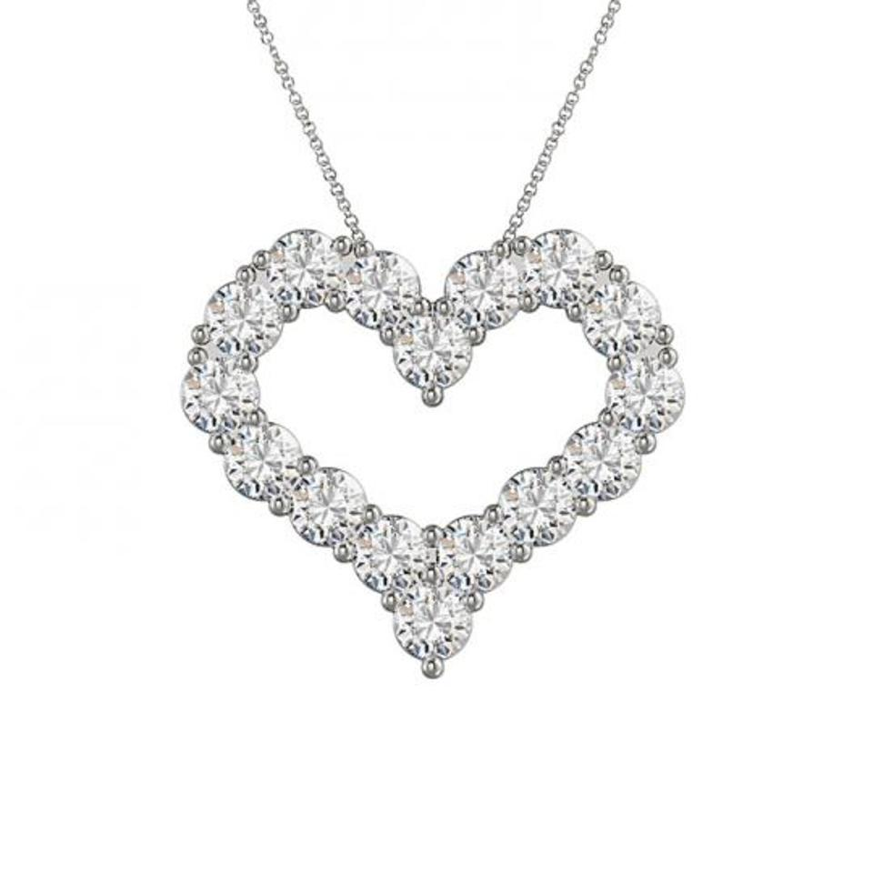 Charming open heart necklace