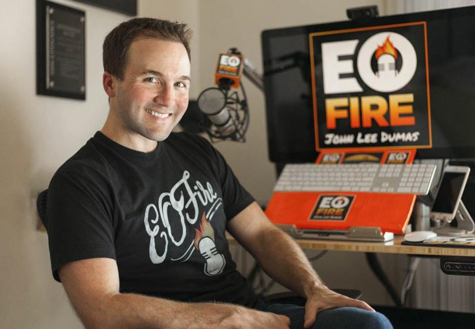 John Lee Dumas is the podcast host of Entrepreneur on Fire and a successful entrepreneur.