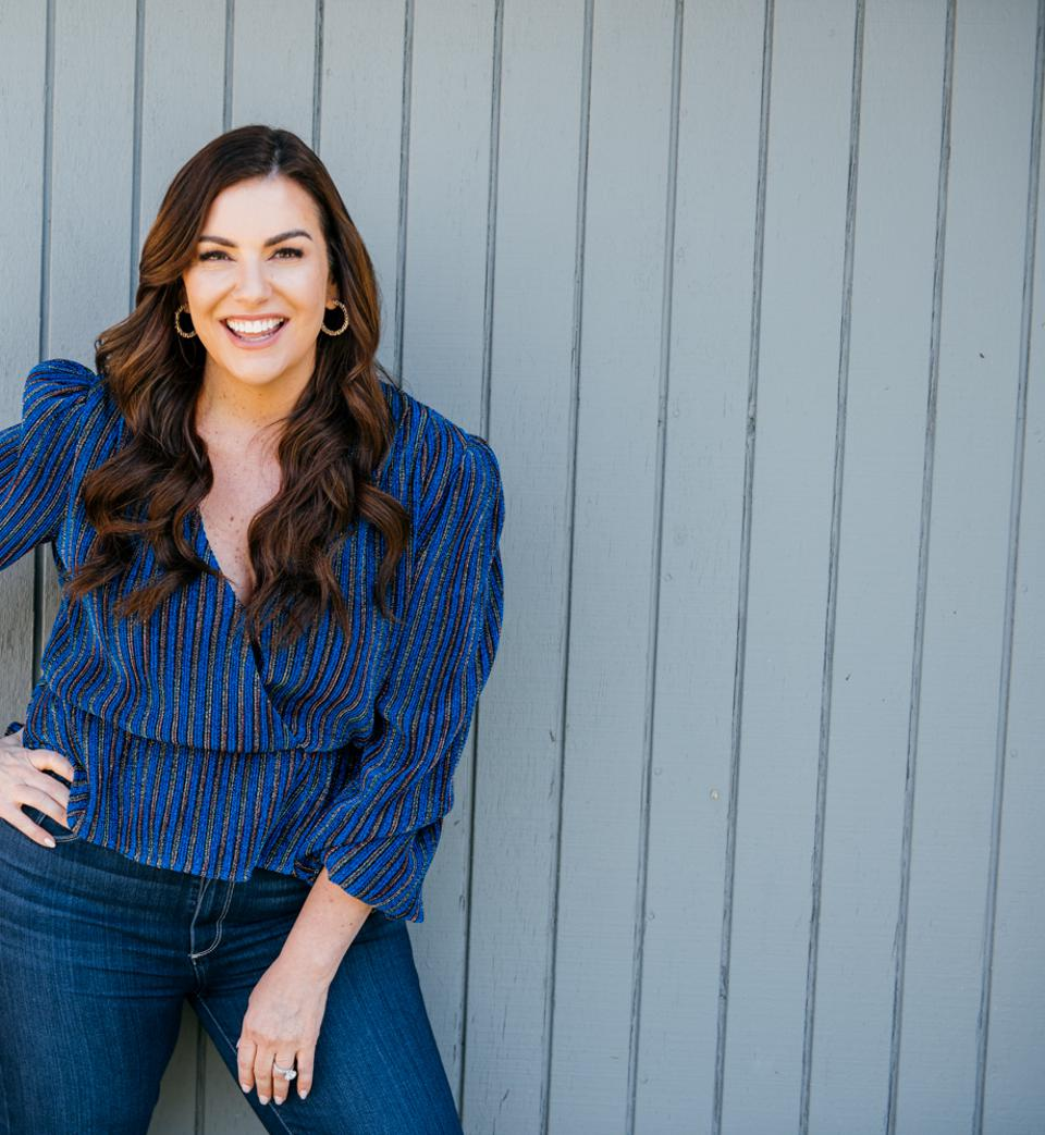 Amy Porterfield is the host of the podcast Online Marketing Made Easy.