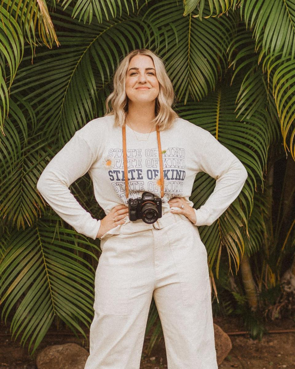 Jenna Kutcher is the host of the podcast titled: Goal Digger.