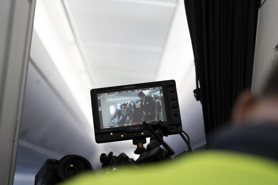 Film camera viewfinder
