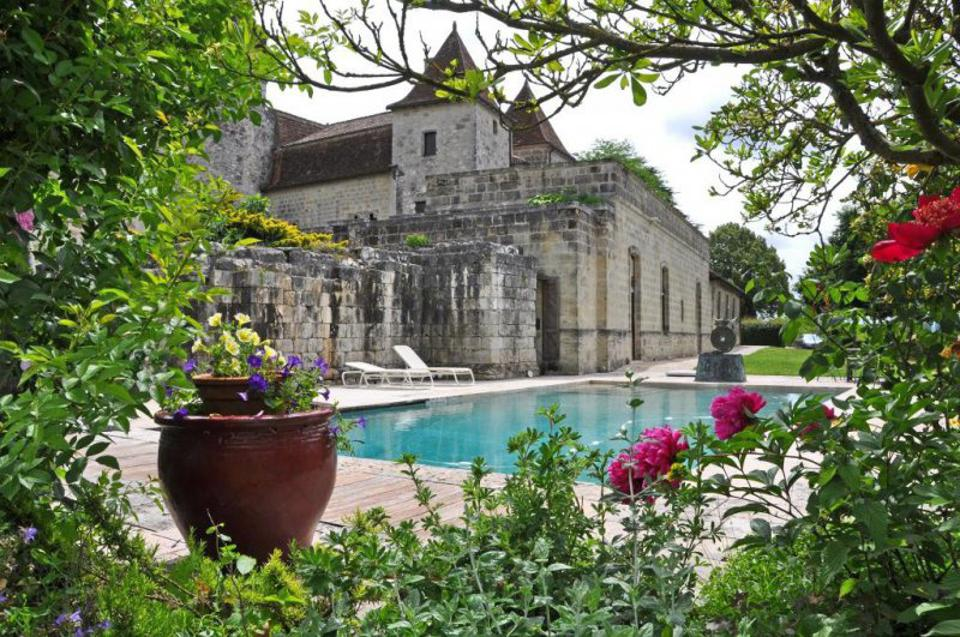 Perigueux french chateau seat of power medieval castle for sale