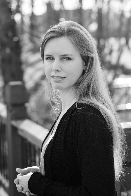 Black and white photo of Leanne Krecic 2021