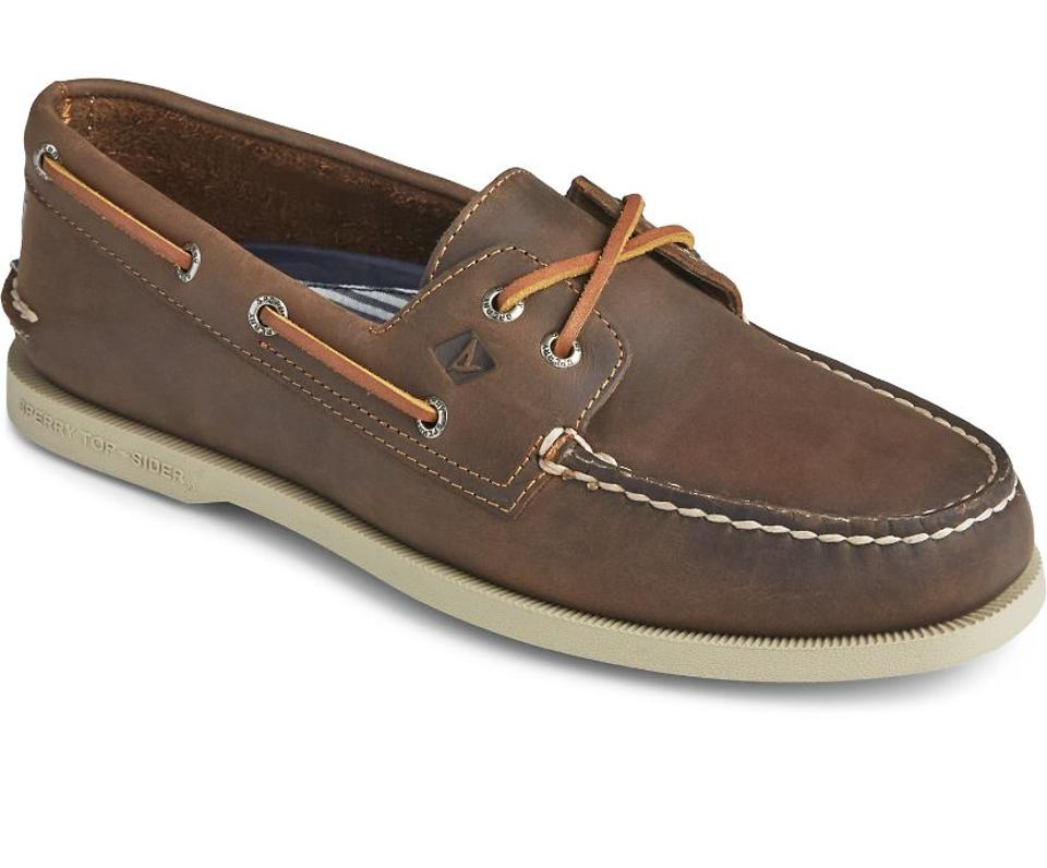 Best deals: Men's Authentic Original Cross Lace Boat Shoe