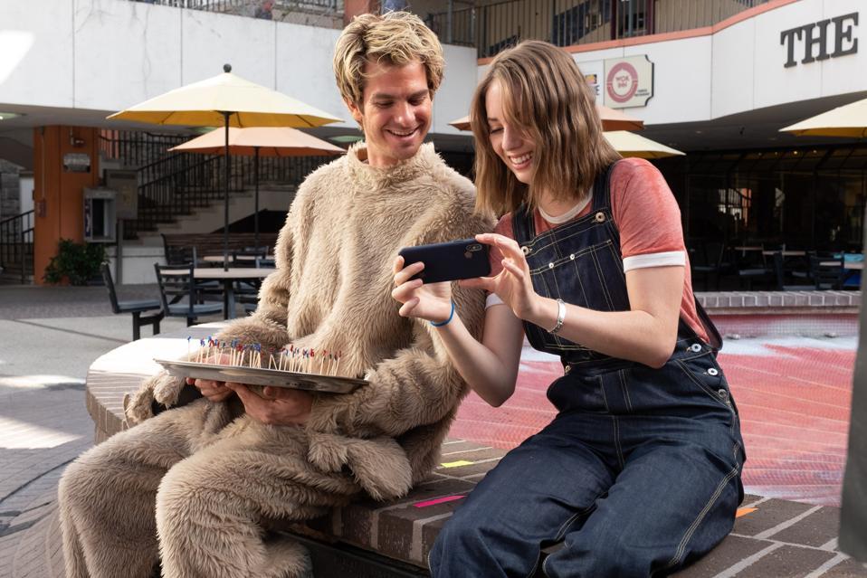 Mainstream, Maya Hawke, interview, Stranger Things, Andrew Garfield, Gia Coppola, review