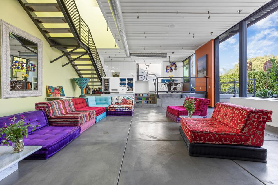 open concept living room todd piccus invader house venice beach 813 palms