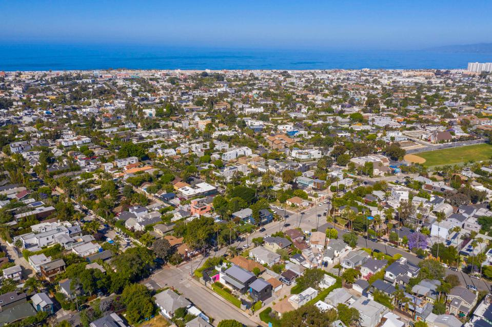 aerial view of venice beach overlooking 813 palms blvd