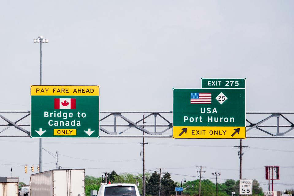 Canadian government loosens travel ban for U.S. Canada border