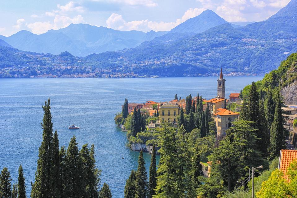 Varenna, lake Como, panoramic view