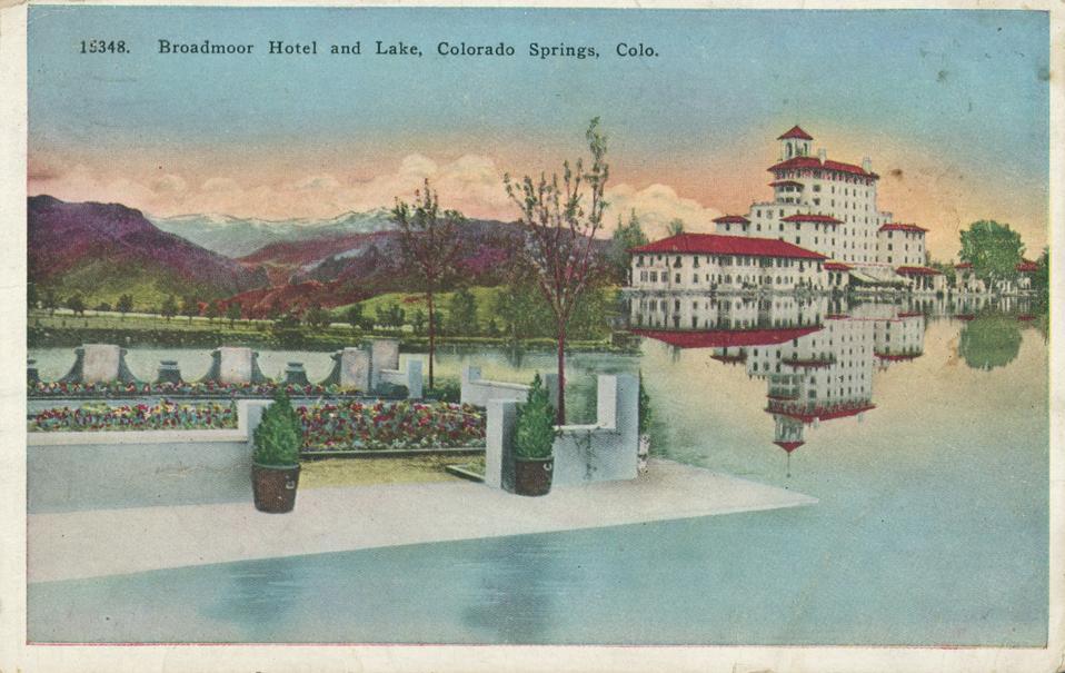 Broadmoor Hotel and Lake, Colorado Springs, Colorado, 1924. (Photo by Smith Collection/Gado/Getty Images)