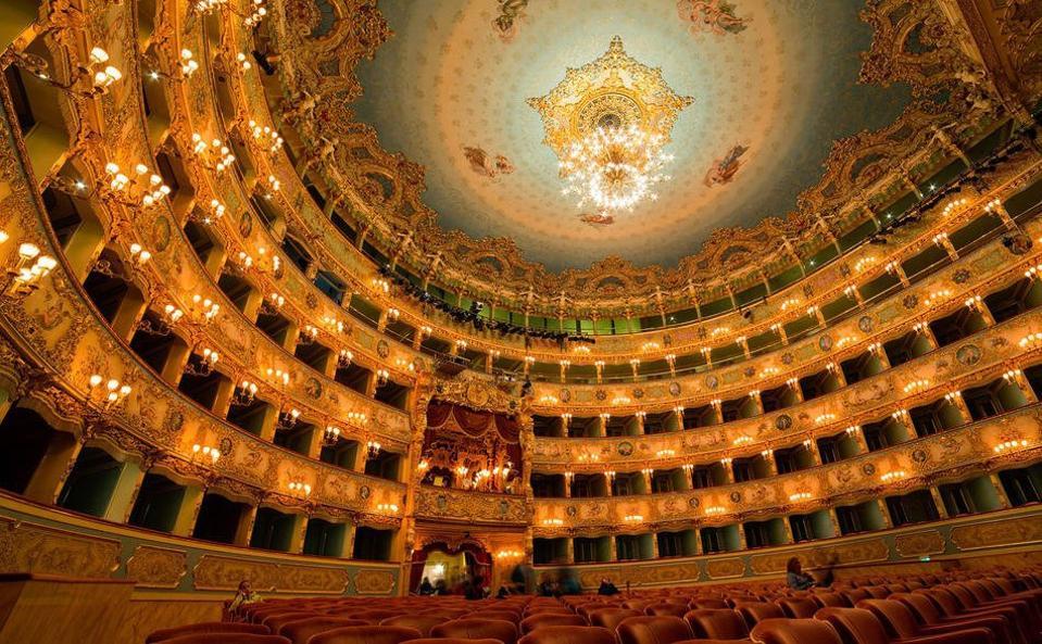 Una delle insidie dell'esperienza di guida di Aman Venice attraverso l'Italia