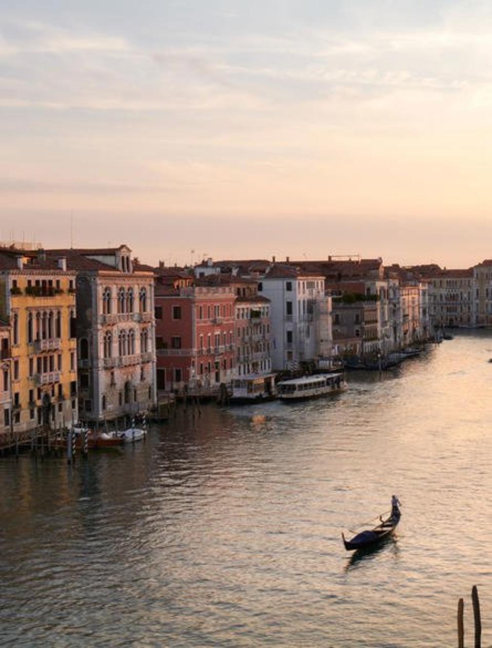 Canal Grande a Venezia al tramonto