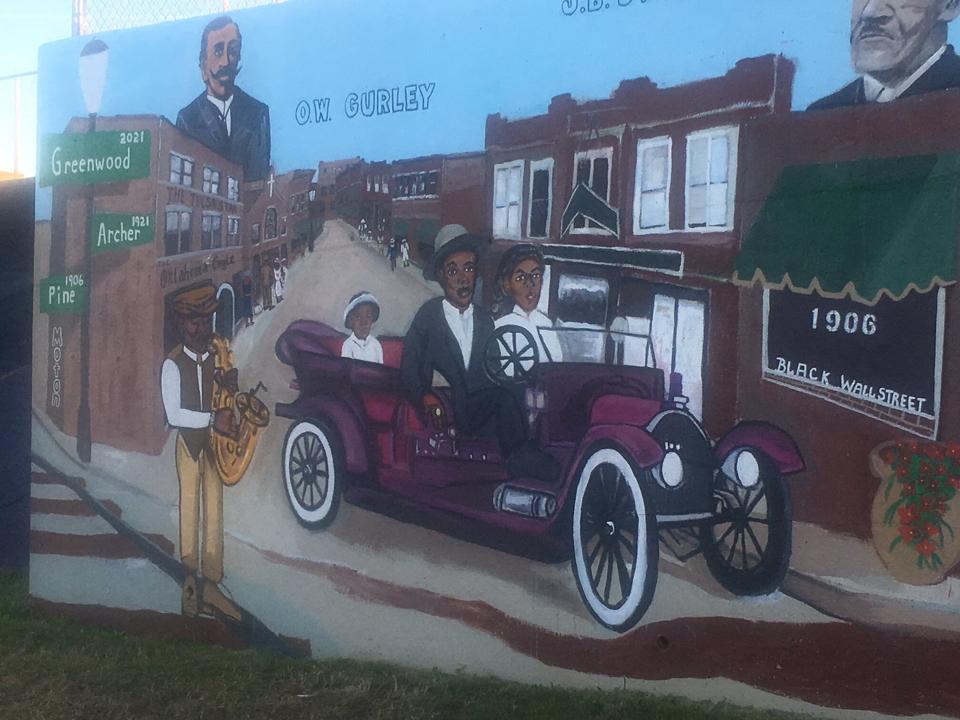 Mary Williams, 'Centennial Parade,' mural (2021).