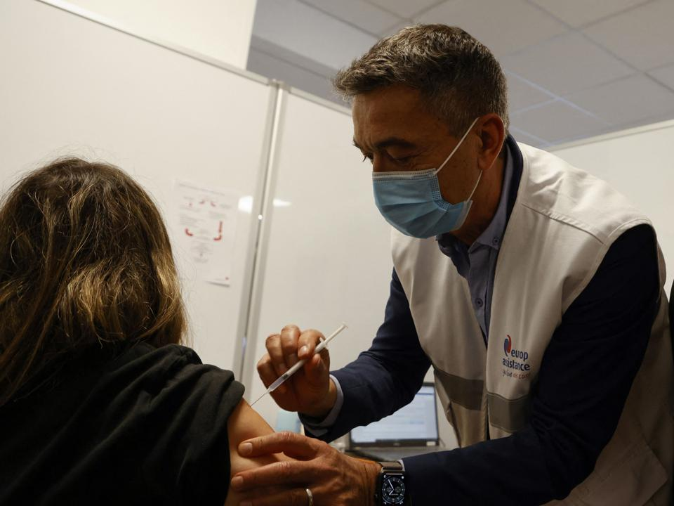 Covid-19 vaccine FRANCE-HEALTH-VIRUS-VACCINATION-PREGNANCY