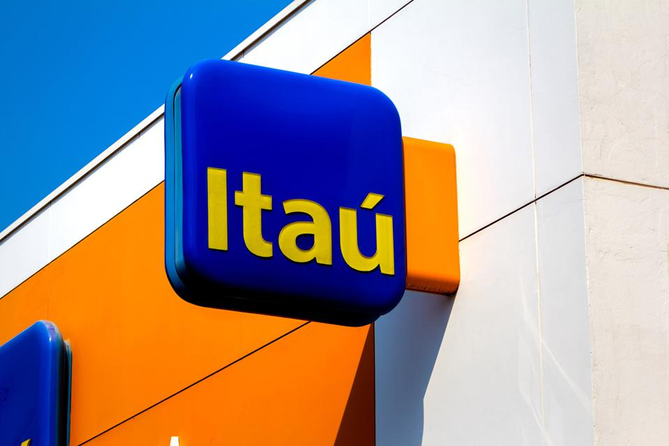 Forbes: Itaú's New CEO Will Have To Compete With Upstart Fintechs To Remain Latin America's Most Powerful Bank