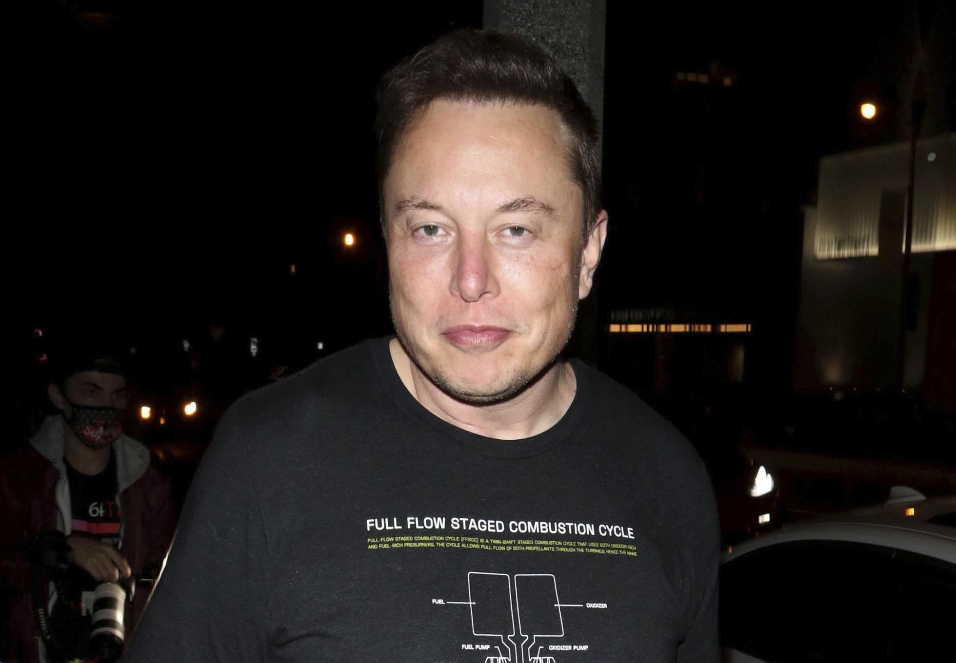 Elon-Musk-Bitcoin-Tesla