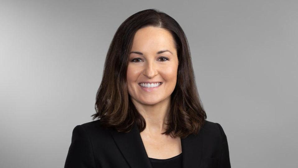 Lauren J. King headshot