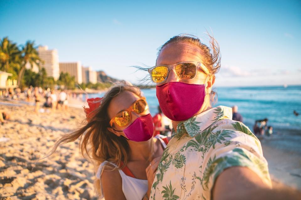 Waikiki beach, covid-19 pandemic, Hawaii mask mandate