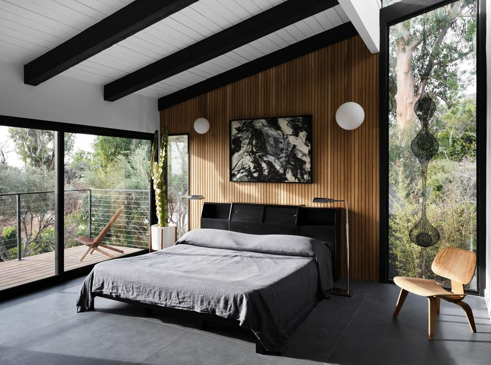 bedroom inside malibu edward fickett midcentury modern house philippe naouri