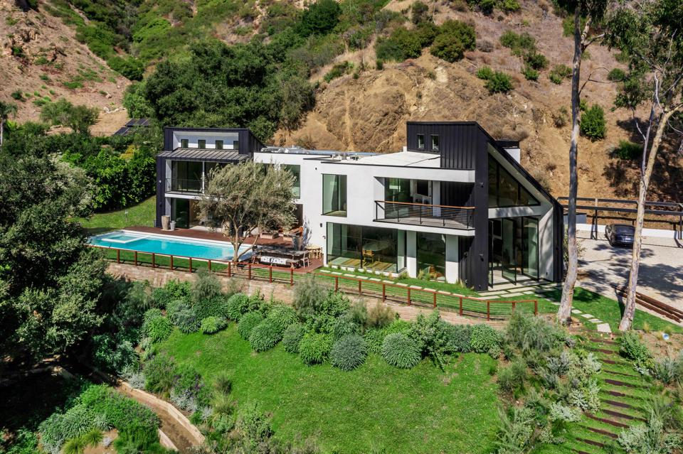 maison d'artiste house malibu serra retreat exterior architecture